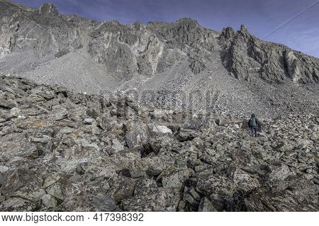 Approaching The Rocky Gully Up To The Ridge Of Atlantic And Pacific Peaks