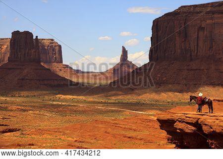 Utah/arizona / Usa - August 10, 2015: The Monument Valley Navajo Tribal Reservation Landscape, Utah/