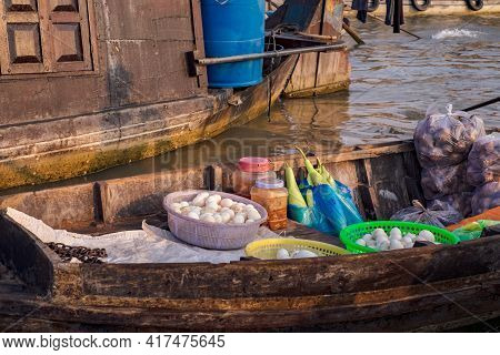 Can Tho, Vietnam - April 2, 2016 Boat With Vegetables And Fruit On Cai Rang Floating Market In The M