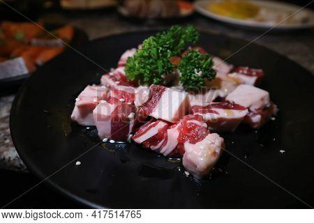 Beef Or Sliced Beef , Raw Beef Or Sliced Pork