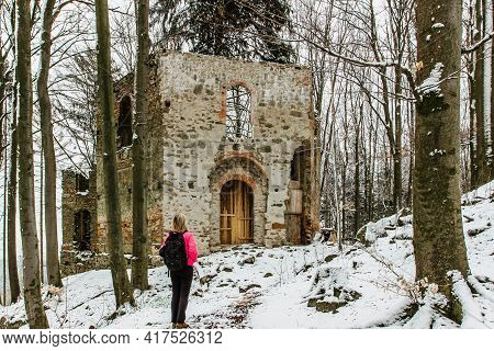Hiking Girl Enjoying View Of Ruins Of Abandoned Chapel Of Saint Mary Magdalene On The Hill Of Maly B