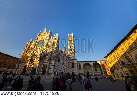 Siena, Italy.october 13, 2018: Sunset And View Of Siena's Cathedral Of Santa Maria Assunta Duomo Di