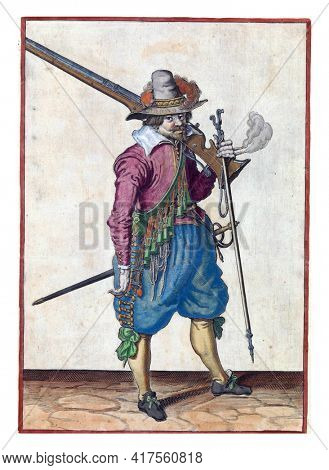 A soldier, full-length, to the right, with a musket (a type of firearm) resting on his left shoulder. In his left hand, in addition to the butt of the musket, also a furket  and a burning fuse