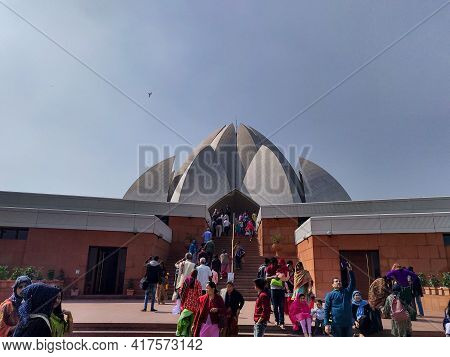 Editorial Dated-12th February 2020 Location- New Delhi India. Tourist At The Lotus Temple.the Lotus