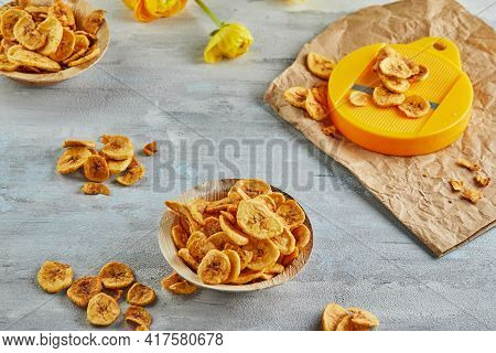 Banana Chips Healthy Food, Dry Fruit And Healthy Vegetable Chips, Healthy Vegan Snack With Chips Cut
