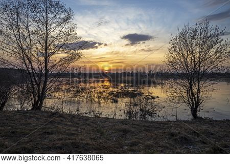 Sunset River Quiet Landscape View. Evening By The River. Sunset Meditation. Romantic Evening. The Su