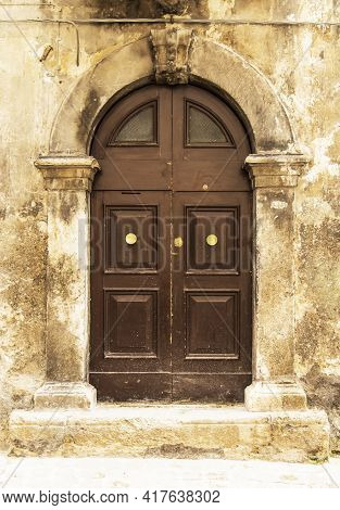 Old Wooden Italian Door In The Small Village Of Scanno
