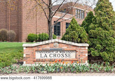 Entrance To The University Of Wisconsin-la Crosse