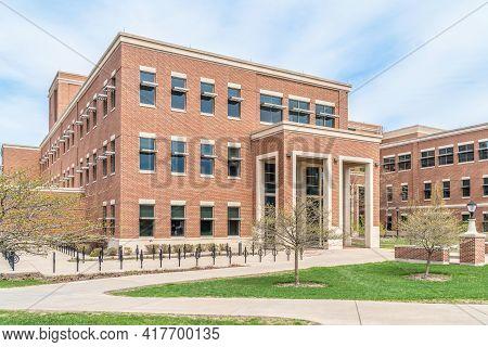 Centennial Hall At The University Of Wisconsin-la Crosse
