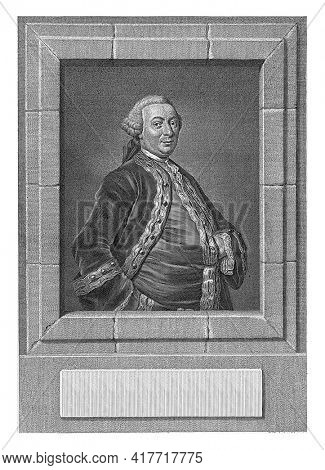 Portrait of Jan Nepveu, governor-general of Suriname, standing figure within a stone frame (frame), hip piece, to the right, left hand in waistcoat, with wig, coat with decorated piping.