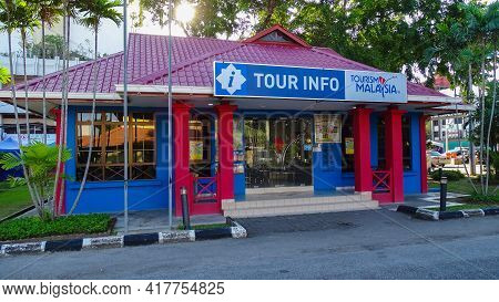 Labuan,malaysia-july 5,2019:colorful Building Of Tourism Malaysia Labuan Located In Central Labuan F