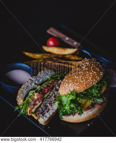 Tasty And Delicious Hamburger Fresh And Healthy Burger Zinger Burger Cooked Lunch Dinner Breakfast H