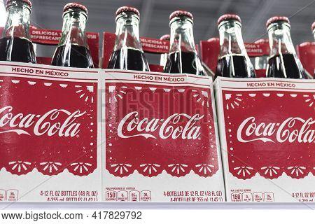 Indianapolis - Circa April 2021: Coca-cola Hecho En Mexico. Coca-cola Manufactures Coke, Diet Coke,
