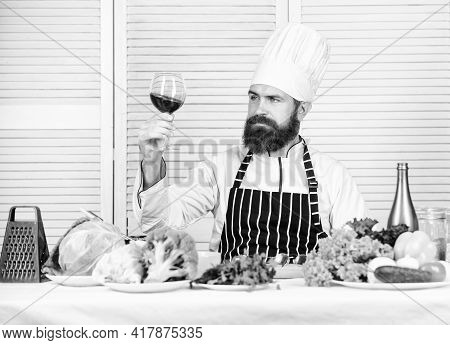 Master Chef Hold Glass Of Wine. Add Bit Of Alcohol. Which Wine Serve With Dinner. Wine Degustation.