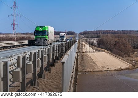 Tatarstan, Russia, Interstate Highway M7  - Apr 14th 2021. Lidertrans.rf Truck Crosses The Menzel Ri