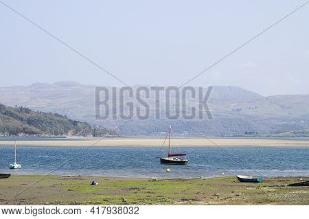 Porthmadog North Wales. Borth Y Gest Bay. Lovely Seaside Landscape View.  Summer Scene With Broad Sa