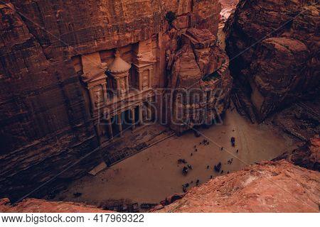 Al Khazneh, Aka The Treasury, At Petra, Jordan. Unesco World Heritage Site. Seven Wonders.