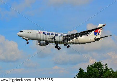 Labuan,malaysia-apr 23,2021:maskargo Airbus A330-200f Aircraft Id 9m-mua With General Electric Cf6-8
