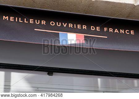 Bordeaux , Aquitaine France - 04 22 2021 : Meilleur Ouvrier De France Text French Logo And Brand Sig