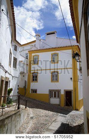 Typical Street In Castelo De Vide