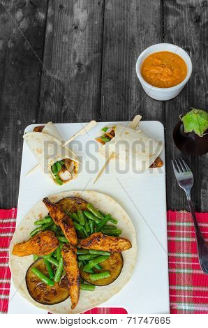 Chicken Tortilla With Beans And Red Curry