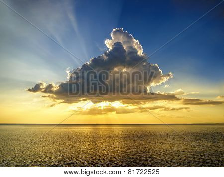 Cloud Raylight Sunset over the Golden Sea