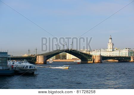 The Palace bridge in St. Petersburg