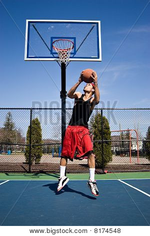 Basketball Reverse Dunk