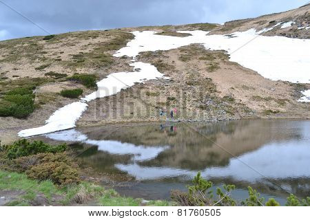 lake Nesamovite
