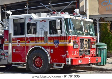 FDNY Tower Ladder 5