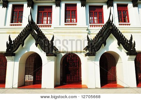 Door Of Loha Prasat, Metal Palac