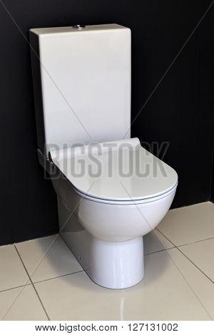 White Modern Toilet Bowl