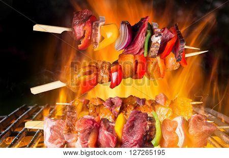Grilled skewers and vegetables. Garden barbegue.