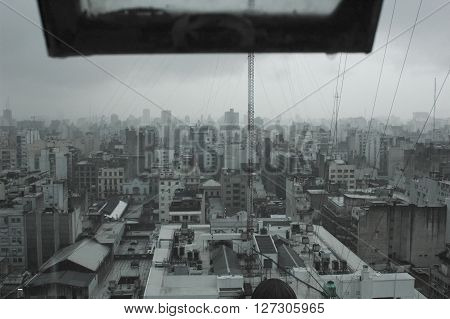 View of a metropolis and its greyness