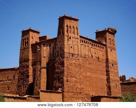 Towers in Aït Benhaddou ksar, along the former caravan route between the Sahara and Marrakech (Morocco).