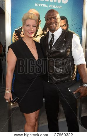 LOS ANGELES - APR 21:  Rebecca King-Crews, Terry Crews at the Keanu Los Angeles Premiere at the ArcLight Hollywood Theaters on April 21, 2016 in Los Angeles, CA