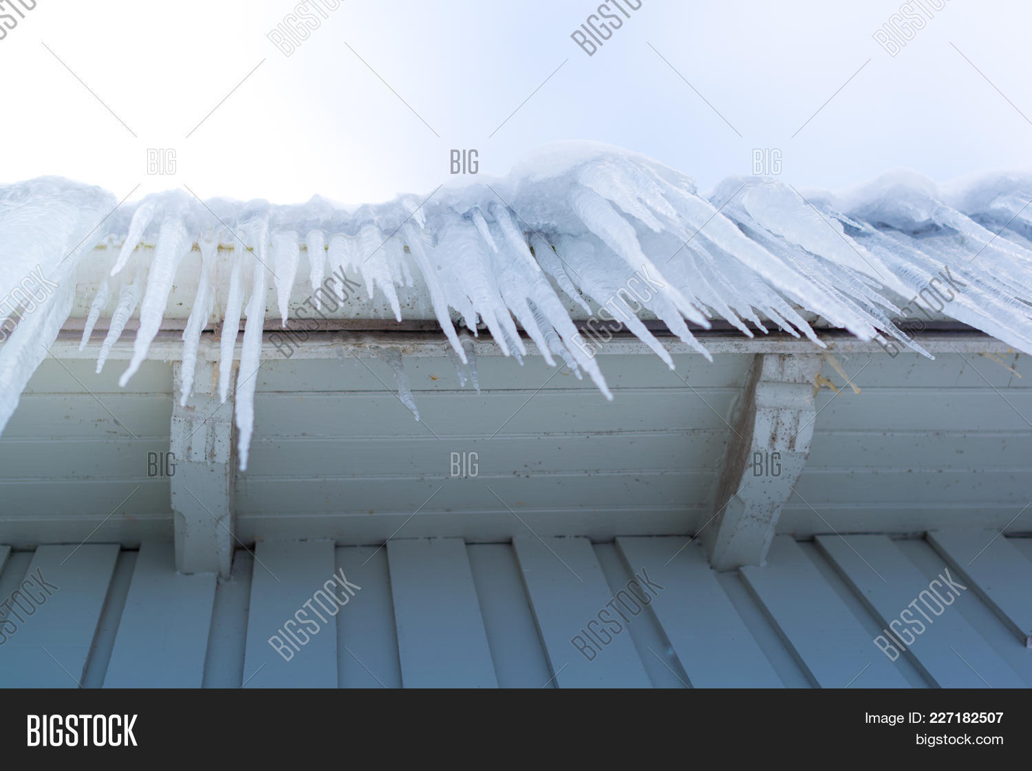 transparent icicles hanging down powerpoint template transparent