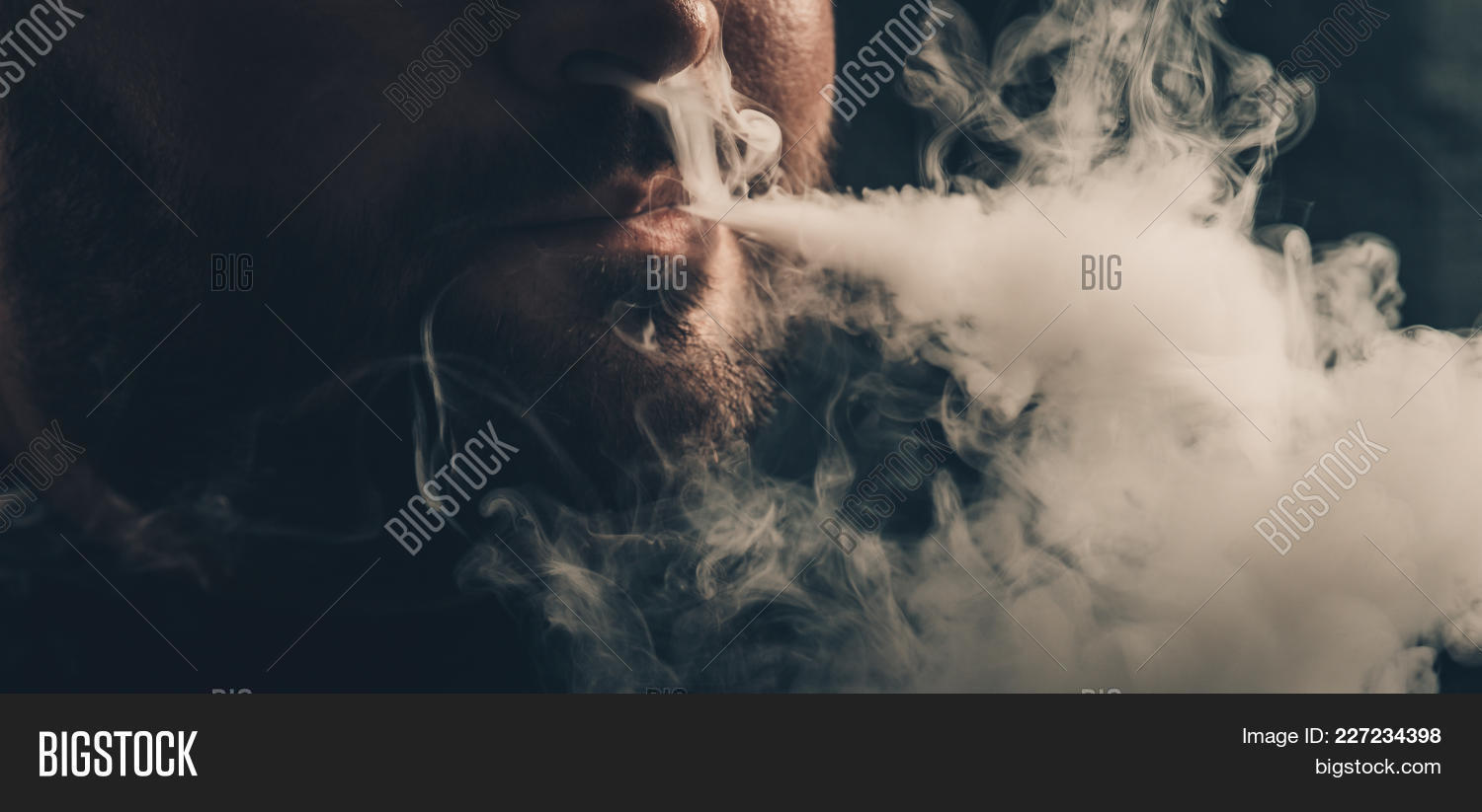 Man Vaping E-cigarette Image & Photo (Free Trial) | Bigstock