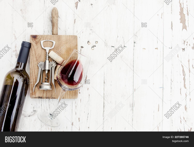 Concept wine tasting bottle powerpoint template concept wine y toneelgroepblik Images