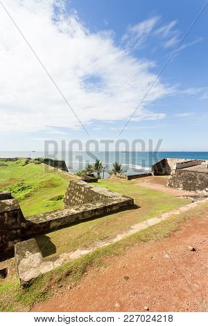 Sri Lanka, Asia, Galle - Visiting The Medieaval Town Wall Of Galle