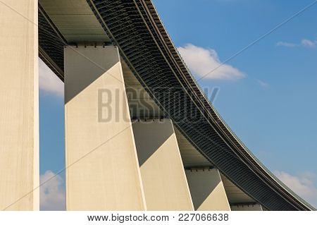Ruhrtalbruecke (ruhr Valley Viaduct) Near Muelheim, Ruhr Area, North Rhine-westphalia, Germany