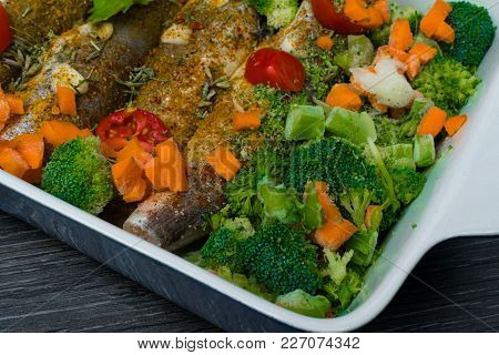 Fresh Dish Filled With Vegetables-carrot, Broccoli, Thyme, Garlic