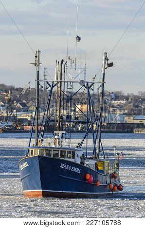 New Bedford, Massachusetts, Usa - January 9, 2018: Commercial Fishing Vessel Max & Emma In Ice On Ac