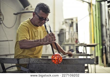 Shaping glass in the factory