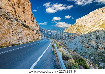 Kourtaliotis Gorge In Crete Island. Beautiful View Of Kourtaliotiko Gorge, The Crackling Gorge In En