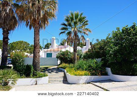 Praia Da Rocha, Portugal - June 7, 2017 - Portuguese Holiday Bungalows And Gardens, Praia Da Rocha,