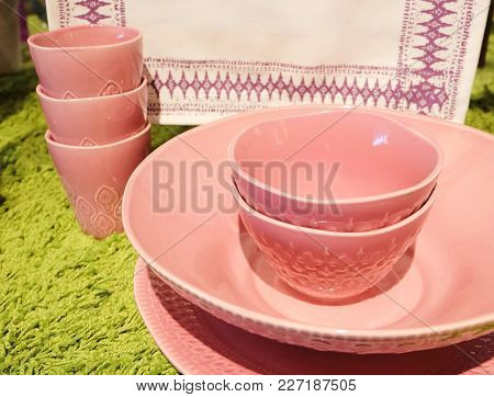 Kitchen Utensil, Collection Of Red Porcelain Bowls And Plates Preparing For Serve Hot And Cold Food.