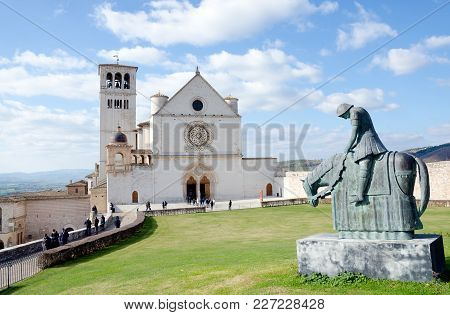 Assisi, Italy. 11th February 2018. Tourists Continue To Flock To The Impressive Basilica Of Saint Fr