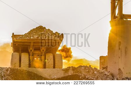 Platinum Mining And Processing, Dump Truck For Transporting Rocks