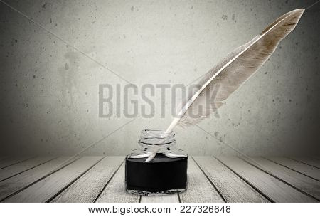 Image Background Object Nobody Glass Single Vertical